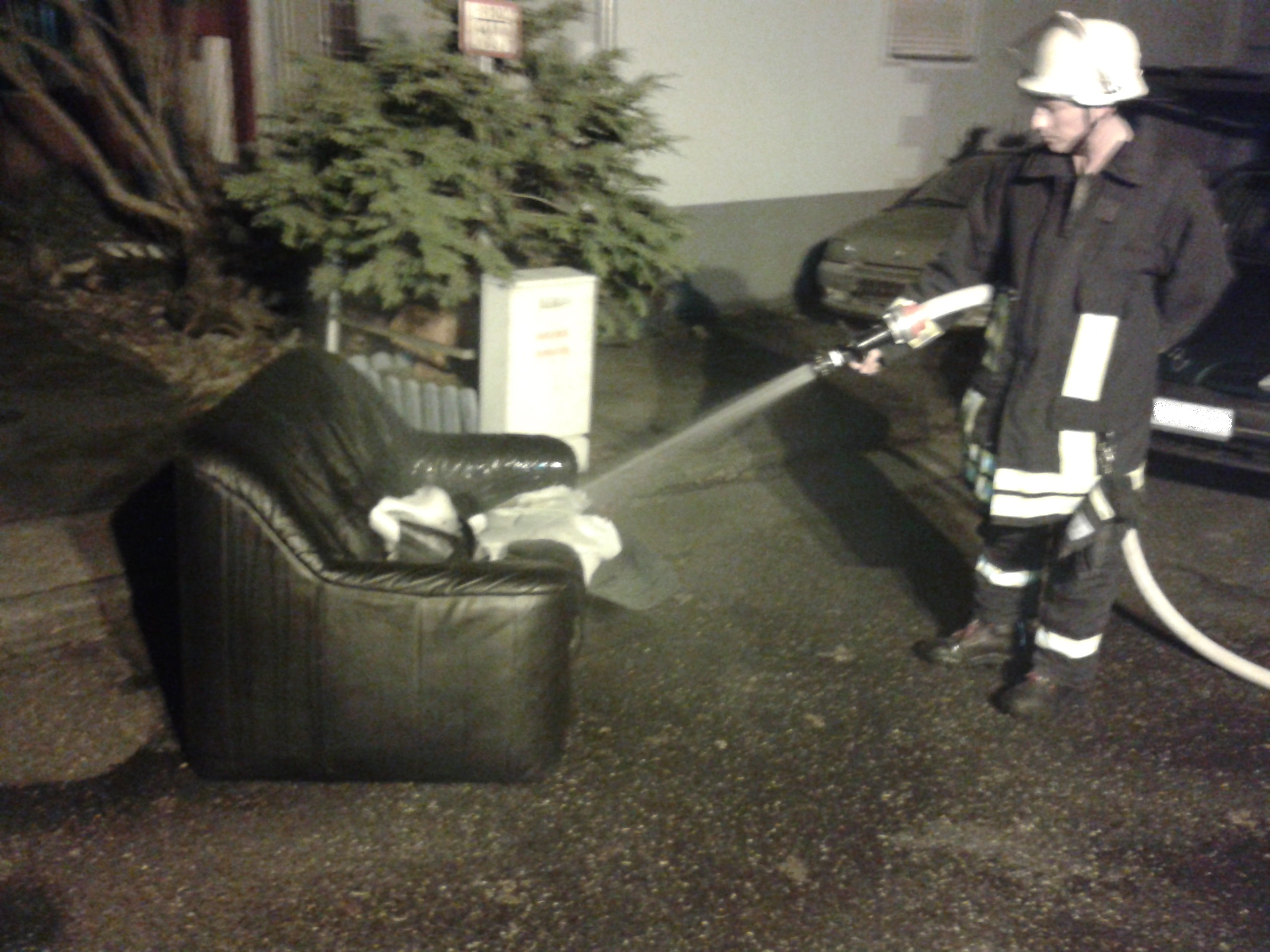 f1 brandnachschau freiwillige feuerwehr simmern westerwald. Black Bedroom Furniture Sets. Home Design Ideas